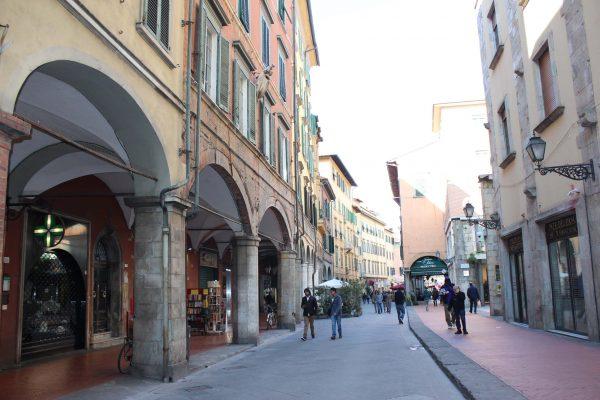 Roteiro em Pisa - Via Borgo Stretto