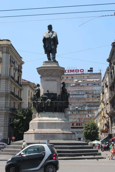 Um dia em Nápoles