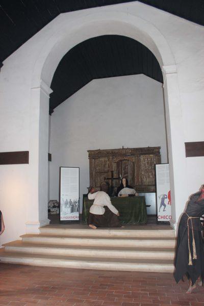 Interior da capela do castelo