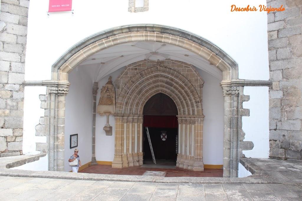 O que visitar ver e fazer em Évora - Igreja dos Loios