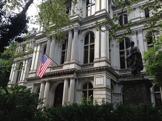 Benjamim Statue e Boston Latin School