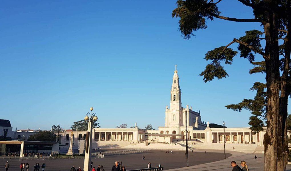 Visitar o Santuário de Fátima